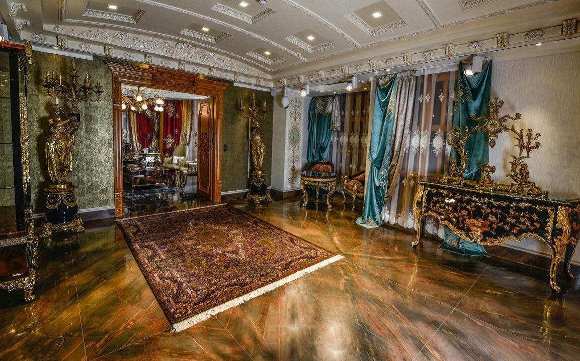 Persian Carpet Gallery (11)