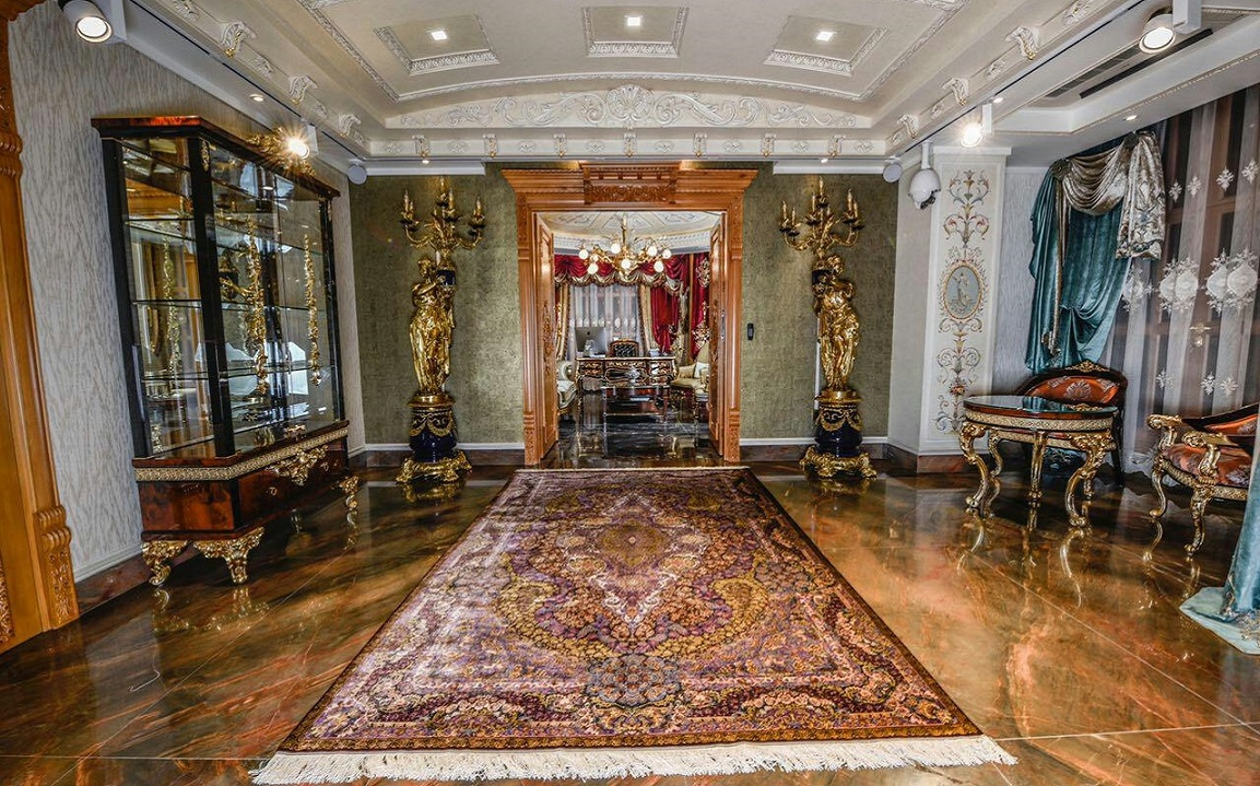 Persian Carpet Gallery (4)